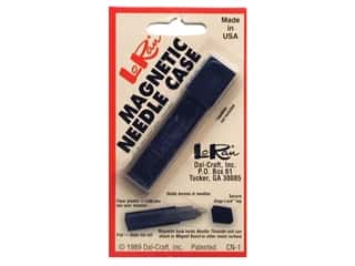 Magnetic Needle Case by LoRan