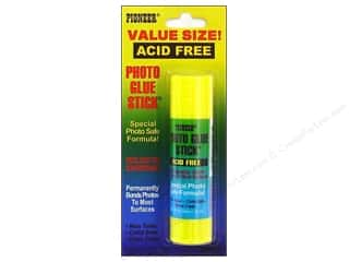 Pioneer Photo Glue Stick .88 oz.