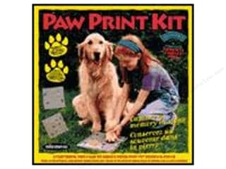 Milestones Stepping Stone Kit 8 in. Paw Print Square