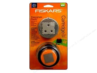 Fiskars Everywhere Punch Scalloped Square