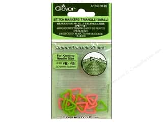 Stitch Markers: Clover Triangle Stitch Markers - Small 16 pc.