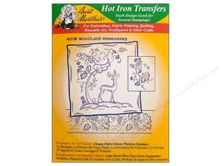 Aunt Martha: Aunt Martha's Hot Iron Transfer #4018 Green Woodland Embroidery