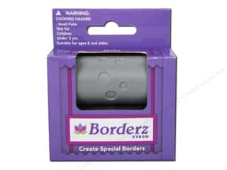 scrapbooking & paper crafts: Xyron Creatopia Embossing Patternz Border Dots 1