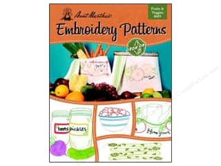 books & patterns: Aunt Martha's Iron On Transfer Book #403 Fruits & Veggies
