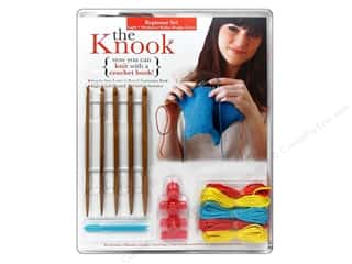 Bulky yarn: Leisure Arts The Knook Expanded Beginner Set