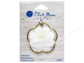 Clearance Blue Moon Pendant: Blue Moon Beads Shell Pendant White Shell Flower with Gold Trim