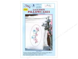 oval hoop: Jack Dempsey Pillowcase Lace Edge White Love Birds
