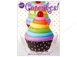 Cookbooks: Wilton Cupcakes! Book