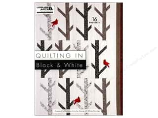 Books Clearance: Quilting In Black And White Book by Leisure Arts