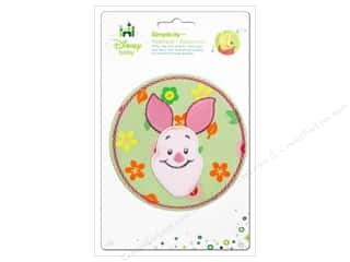 Simplicity Disney Baby Iron On Piglet In Flower Circle