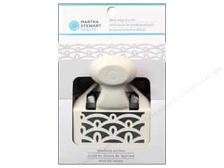Weekly Specials Fiskars AdvantEdge Border Punches: Martha Stewart Deep Edge Punch Teardrop Arches