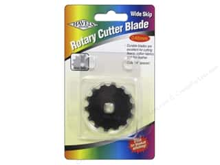 rotary cutter: Havel's Inc Notions Rotary Cutter Blade Wide Skip
