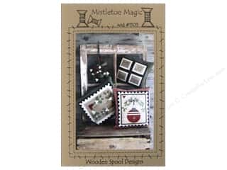 Magic Stamp: Wooden Spool Designs Mistletoe Magic Pattern