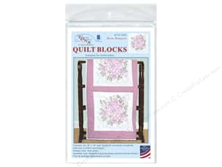 Jack Dempsey 18 in. Quilt Blocks 6 pc. Rose Bouquet