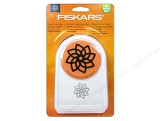 Fiskars Intricate Shape Punch 2 in. Petals on Point