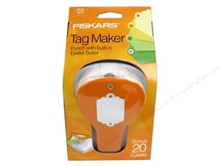 Hole punch: Fiskars Punch Craft Tag Maker Scallop