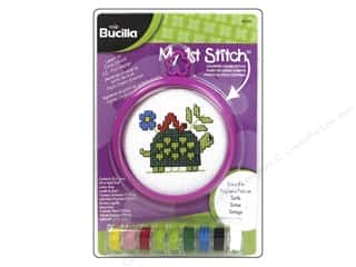 yarn & needlework: Bucilla Counted Cross Stitch Kit 3 in. My 1st Stitch Turtle