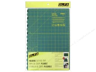 olfa cutting mat: Olfa Cutting Mat Folding 17 x 24 in.