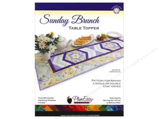 Table Runners / Kitchen Linen Patterns: PlumEasy Sunday Brunch Table Topper Pattern