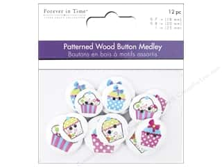 novelties: Multicraft Buttons Wood Assorted Cupcakes