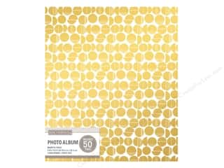 Memory Albums / Scrapbooks / Photo Albums: K&Company Photo Album Magnetic Binder Broken Dot White/Gold