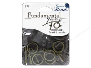 beading & jewelry making supplies: Sweet Beads Fundamental Finding Toggle Clasp 5/8 in. Antique Brass 5 pc.