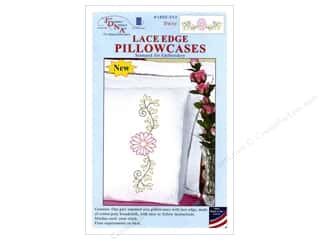 yarn & needlework: Jack Dempsey Pillowcase Lace Edge White Daisy