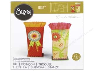 scrapbooking & paper crafts: Sizzix Bigz Dies French Favor Box by Brenda Walton