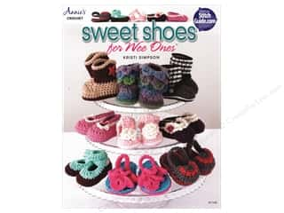 Annie's Sweet Shoes for Wee Ones Book