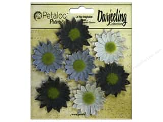 leaves: Petaloo Darjeeling Daisy Mini Blue
