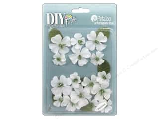 Petaloo DIY Paintables Dogwood Canvas White