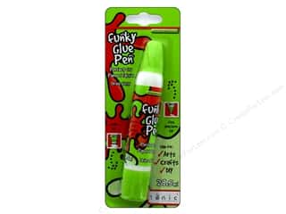 glue pen: Tonic Studios Glue Funky Pen 1oz