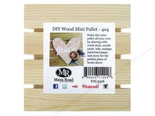 craft & hobbies: Maya Road DIY Wood Mini Pallet 4 x 4 in.