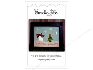 yarn & needlework: Tweetle Dee Design Co. Tis The Season For Snowflakes Pattern