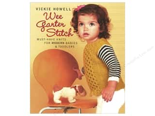 yarn: Wee Garter Stitch: Must-Have Knits for Modern Babies & Toddlers Book by Vickie Howell