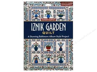 Iznik Garden Quilt: A Stunning Baltimore Album-Style Project Book by Tamsin Harvey