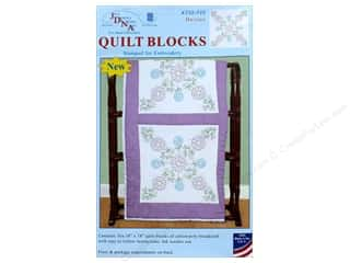 yarn & needlework: Jack Dempsey Quilt Block 18 in. White Daisies 6 pc