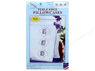 yarn & needlework: Jack Dempsey Pillowcase Perle Edge White Pansies