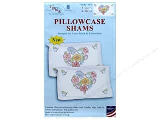 yarn & needlework: Jack Dempsey Pillowcase Sham Flowers & Hearts