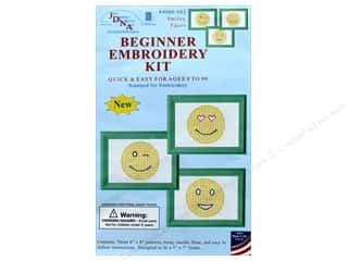 yarn & needlework: Jack Dempsey Beginner Embroidery Kit Smiling Faces