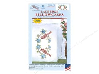 yarn & needlework: Jack Dempsey Pillowcase Lace Edge White Cardinals