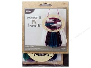 yarn & needlework: Bucilla Kits Weave It n Leave It Mini Oval