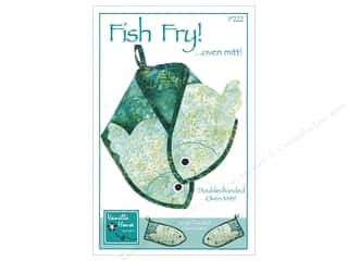 heavy interfacing: Vanilla House Patterns Fish Fry Oven Mitt Pattern