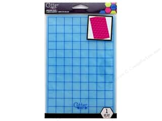 embossing folder: EK Cutter Bee Embossing Folder Dot