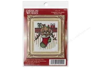 yarn & needlework: Design Works Counted Cross Stitch Kit 2 x 3 in. Puppy in Stocking