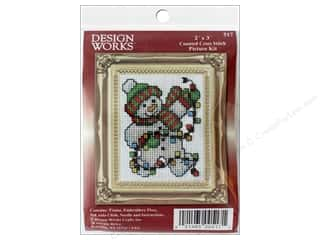 yarn & needlework: Design Works Counted Cross Stitch Kit 2 x 3 in. Snowman Lights