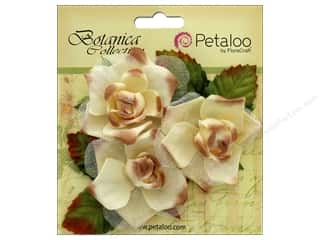 leaves: Petaloo Botanica Collection Fairy Rose Bud Cream