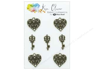 Maya Road Products Ken Oliver Vintage Charms Heart & Key
