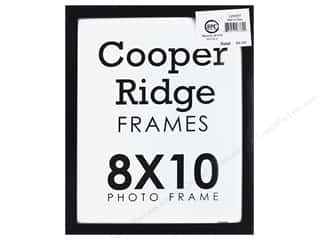 craft & hobbies: Sierra Pacific Crafts Frame Wood With Easel 8 in. x 10 in. Black