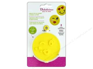 craft & hobbies: Fox Run Cookie Cutter Bakelicious Flip & Stamp Emoji